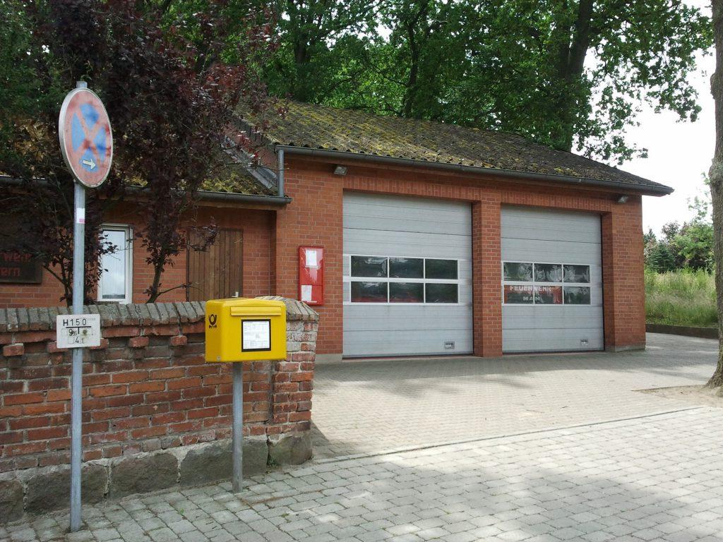 Unser Feuerwehrhaus in der Dorfstraße.