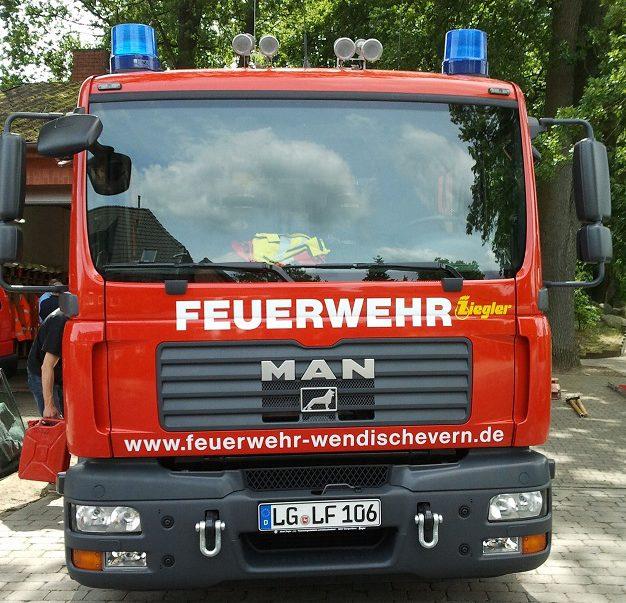 Unser Löschfahrzeug mit Gruppenbesatzung und 1000l Wassertank